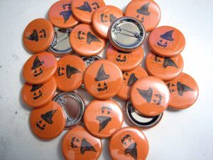 Pumpkin Witch Buttons old school pins