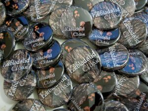 Ekbladstid Buttons old school pins